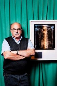 Dr. Eduard Egarter Vigl ist für die Konservierung des Ötzi im Archäologiemuseum von Bozen verantwortlich.