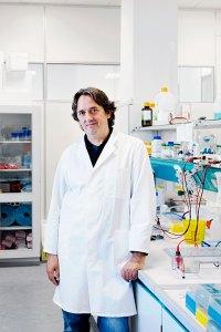 Prof. Albert Zink, Leiter des Instituts für Mumien an der Europäischen Akademie (Eurac) in Bozen