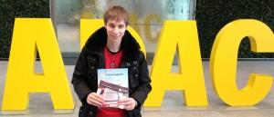 Bastian N. freute sich riesig über die Karten zum DFB-Pokal-Spiel des FC Bayern gegen Borussia Dortmund