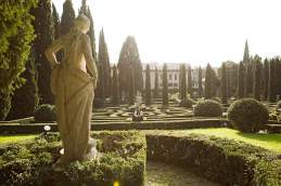 Die Zypressen im Giardino Giusti beeindruckten schon Goethe.