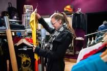 Heinzmann passt ihren Geschmack nicht an Vorbilder an. Sie trägt, was ihr gefällt. In der Gravit Boutique muss sie nicht lang suchen.