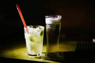 Caipirinha mit viel Zucker und Bier sind die Lieblingsdrinks der Nachtschwärmer
