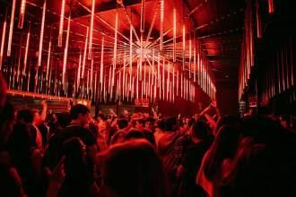 Im Club Urban Beach am Ufer des Tejo gibt es nur eine Gewissheit: Die Party geht bis zum Morgengrauen