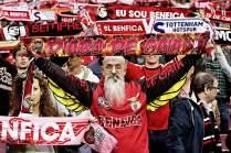 """Wenn die Hymne """"Ser Benfiquista"""" ertönt, hält es die rund 60.000 Anhänger im Estádio da Luz nicht mehr auf ihren Sitzplätzen"""