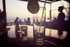 In der Oniro Bar gibt es mit die besten Cocktails der Insel.