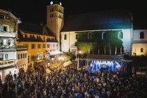 Mengenlehre: Der Dorfplatz von Megève ist beim Electro Jazz Festival gerade groß genug