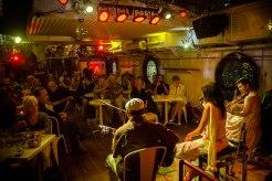 Chansons, Jazz, Funk bei Biowein auf dem Boot von Arnaud Séité.