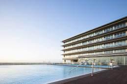 Swimmingpools des Parador de Cádiz