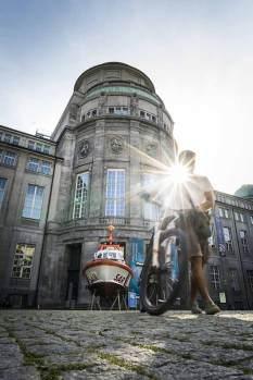Isar-Ufer: das Deutsche Museum.